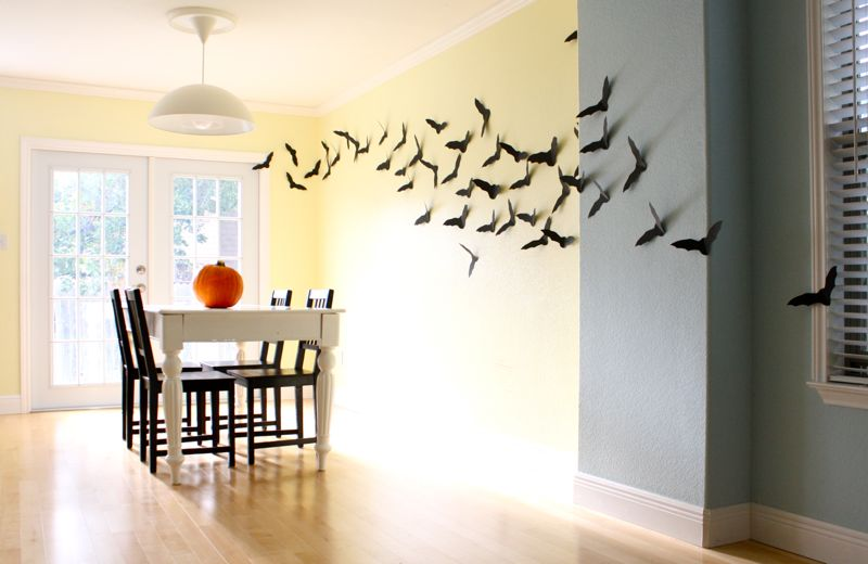 0aded1bcd597 21 DIY Ideas To Save Money This Halloween - 101 Recycled Crafts
