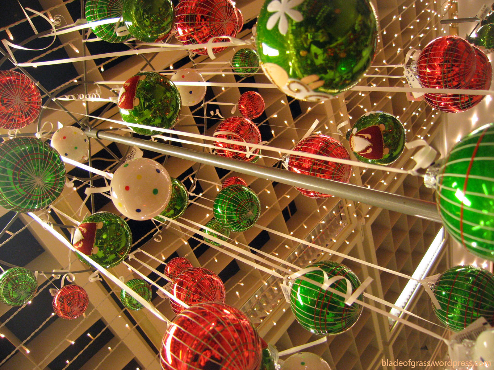 21 christmas outdoor decorations ensure it makes a visual impact 101 recycled crafts - Outdoor Decorations For Christmas